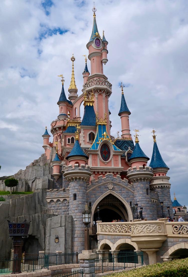 Disneyland Paris Highlights,Tips & Tricks