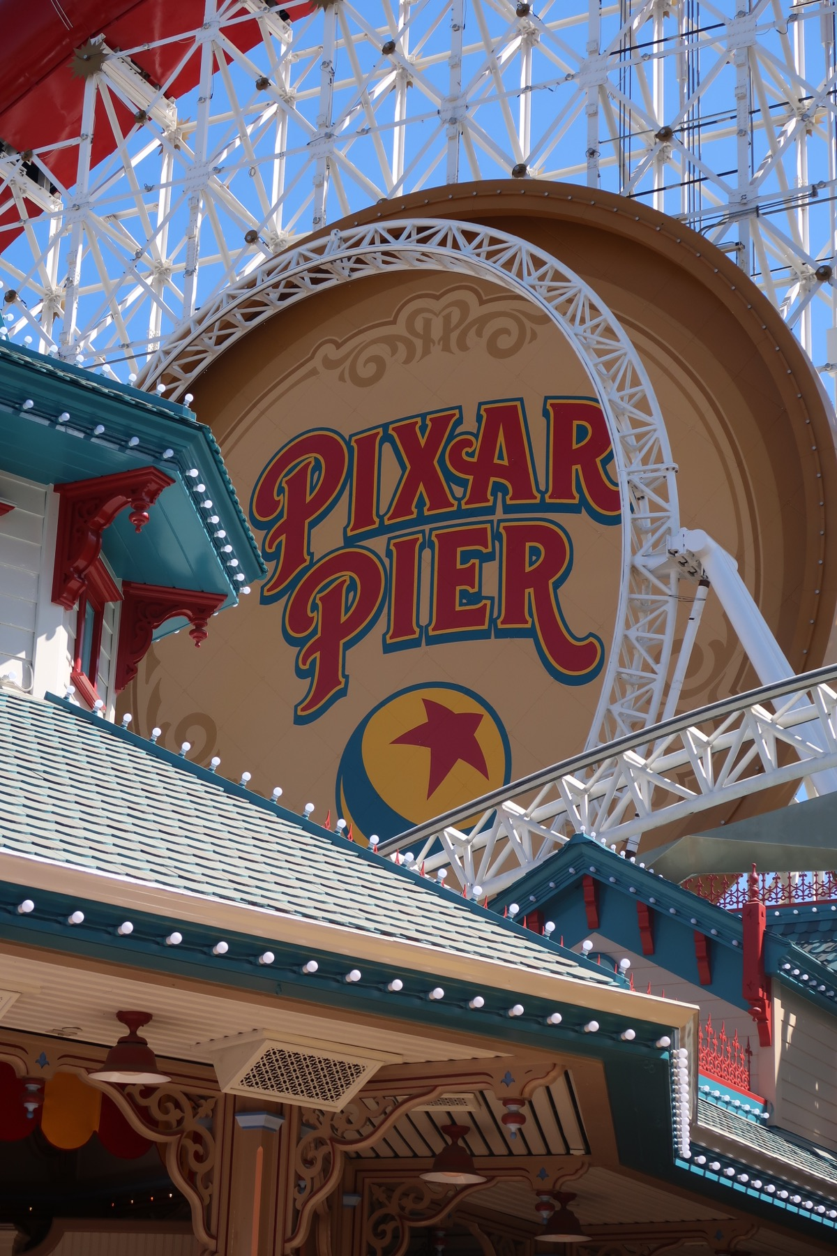 Complete Guide to Pixar Pier at the Disneyland Resort