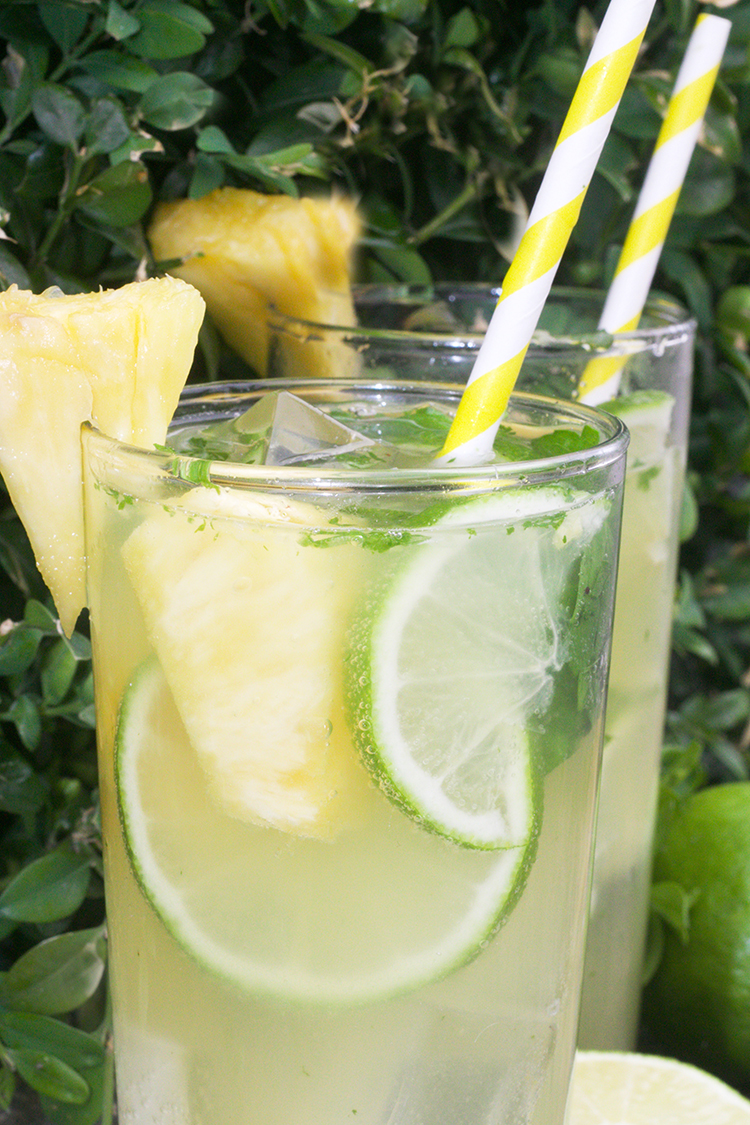 Pineapple-Lime Mojito Mocktail