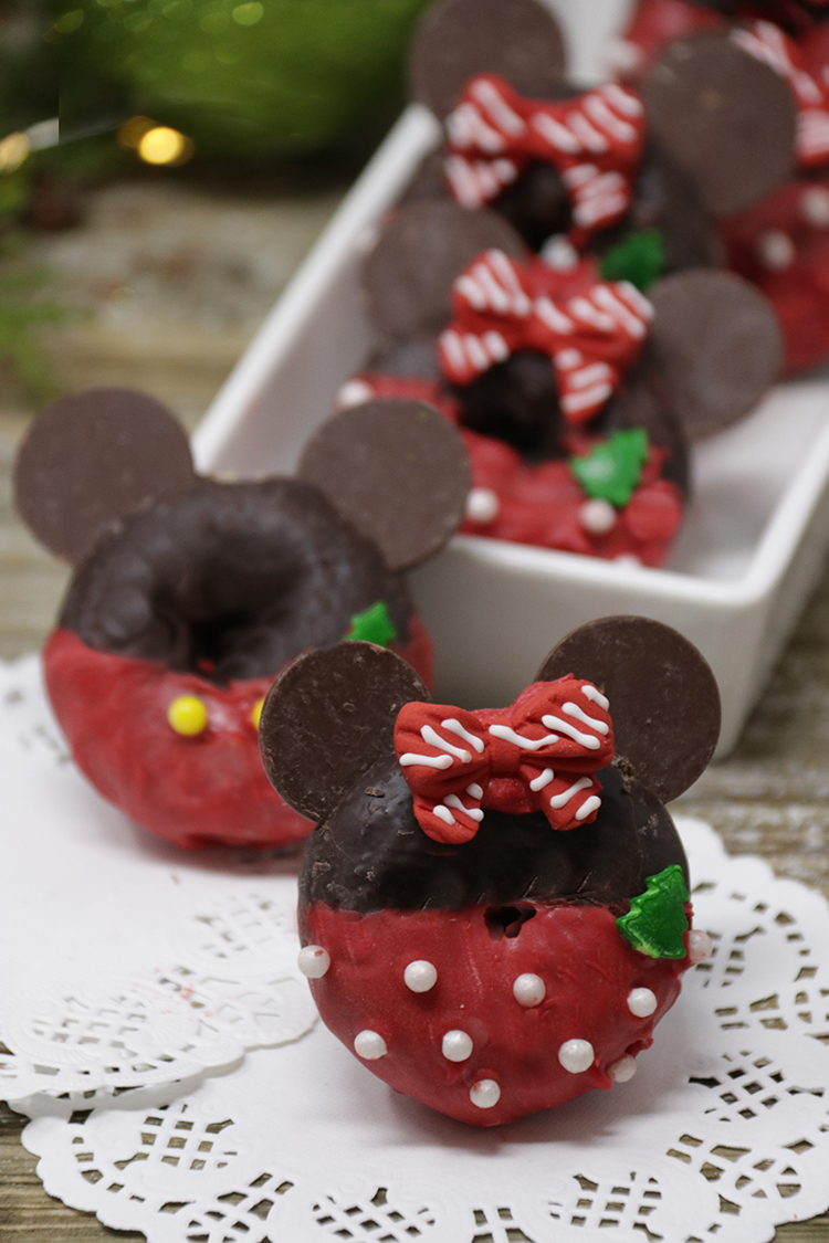 Mickey and Minnie Holiday Donuts