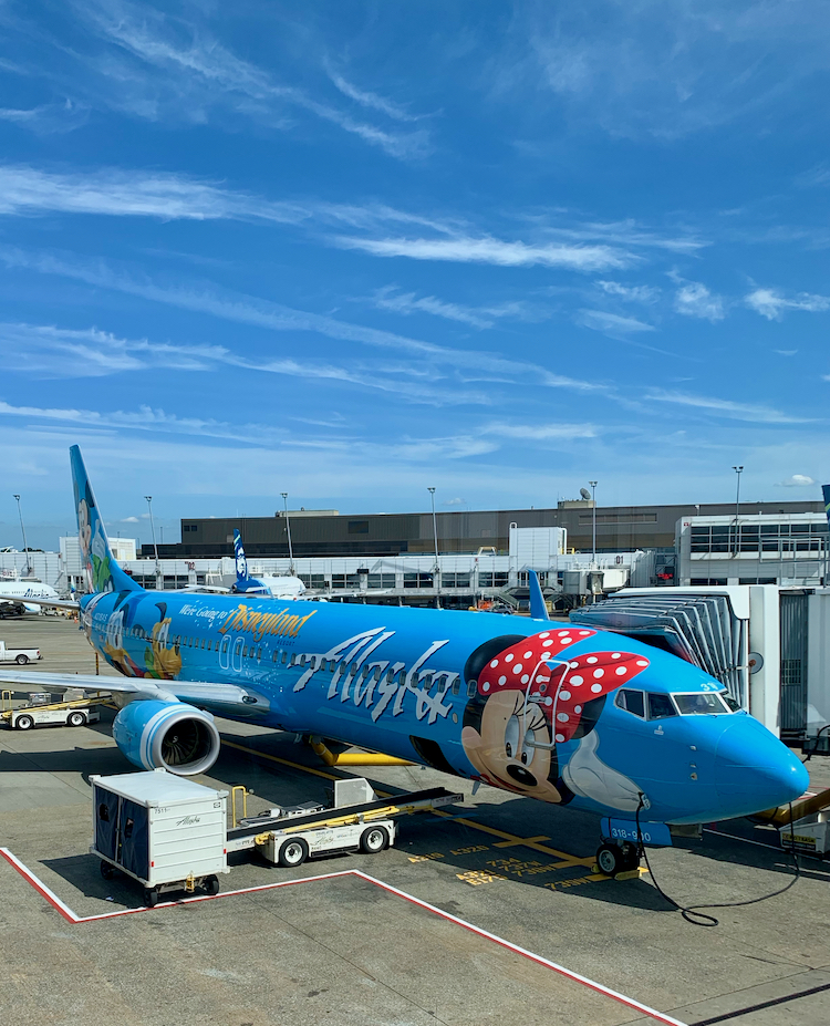 Alaska Airlines BOGO Flight Sale (12/20 only)