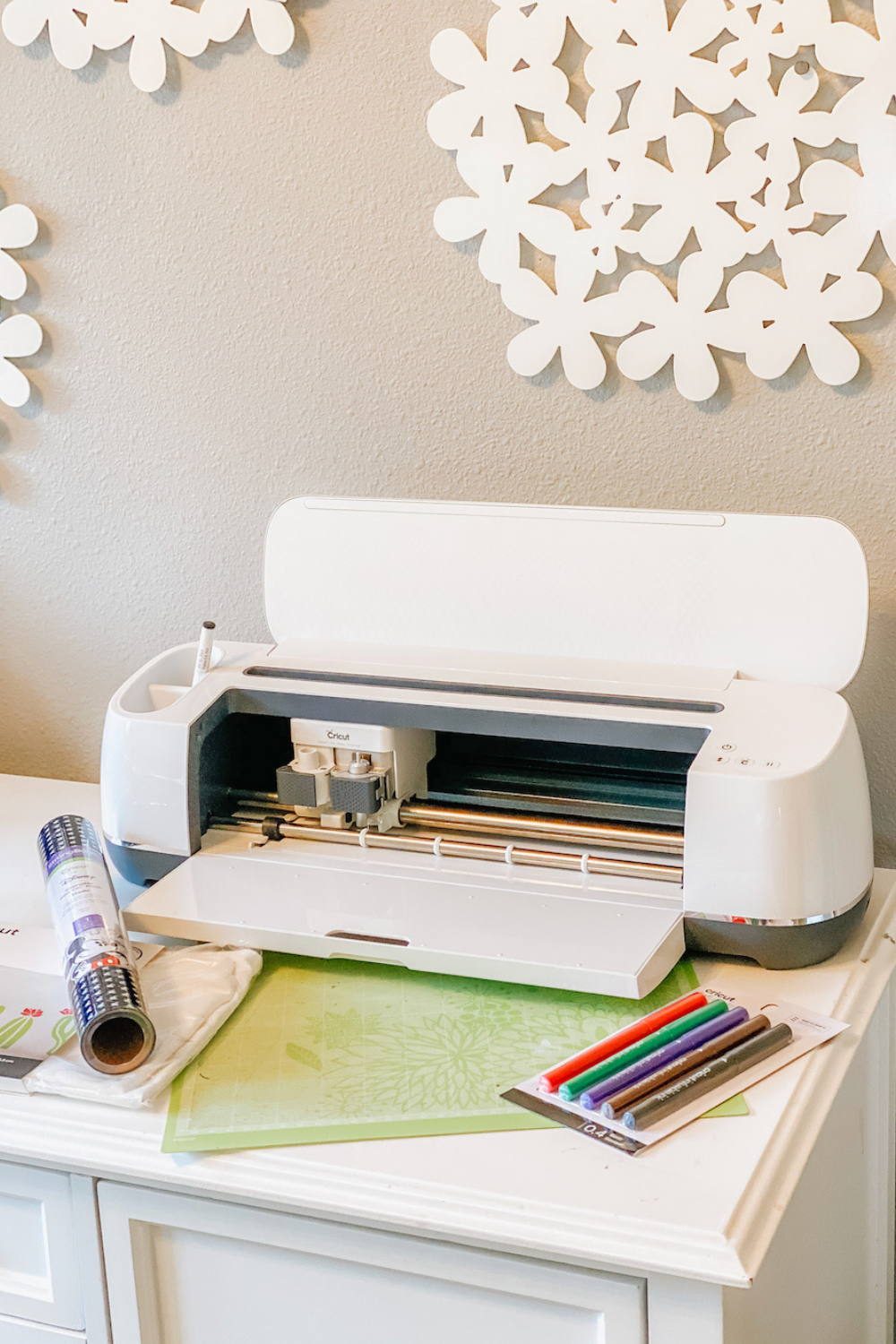 Which Cricut Machine Is Best + Best Deals