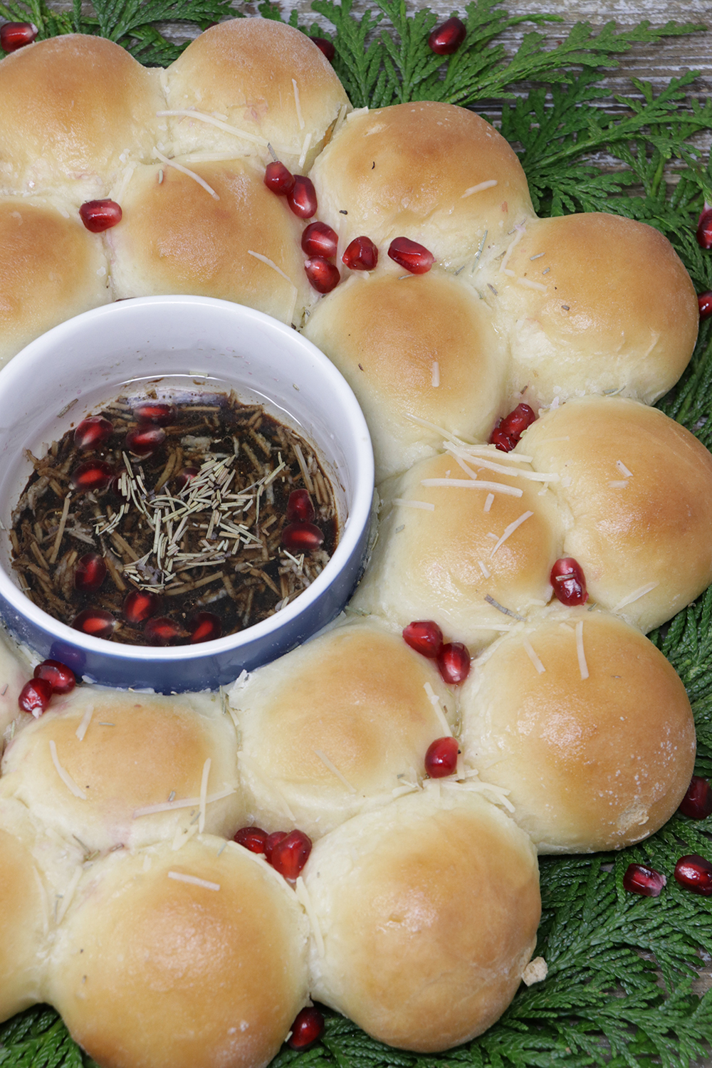 Holiday Roll Wreath with Pomegranate Balsamic Dipping Oil